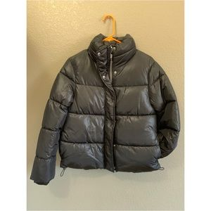 H&M - black puffer jacket size 4